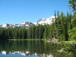 Demaris Lake