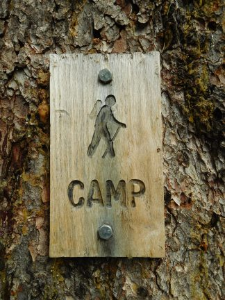 Snow Lakes Zone camping sign