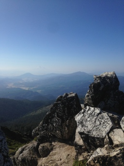 Second breakfast from the top of Mt. Ashland